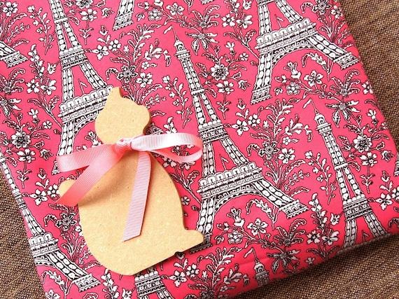 Pink White Paris Tour Eiffel Cloth Fabric 43 x 19 Inches
