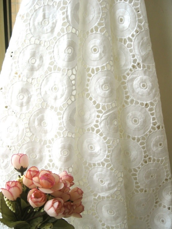 """Cotton Fabric Cloth - Retro Off White Round Circle Embroidered Eyelet Lace Cotton Fabric 56 x 46 """" - Sage LAST"""