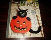 Halloween Plastic Canvas Patterns Halloween Cat and Pumpkin Needlecraft Shop 400337 Plastic Canvas Pattern Leaflet
