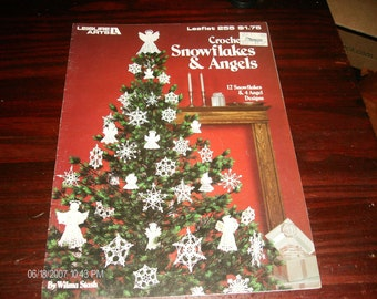 Christmas Angel Thread Crocheting Patterns Snowflakes and Angels Leisure Arts 255 Stash Crochet Pattern Leaftlet