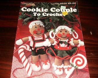 Crochet Pattern Leaflet Cookie Couple Leisure Arts 2536 Crochet Pattern Leaflet Very Rare and HTF