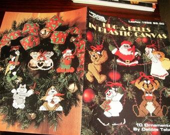 Christmas Plastic Canvas Patterns Hug A Bells Leisure Arts 1592 Plastic Canvas Pattern Debbie Tabor