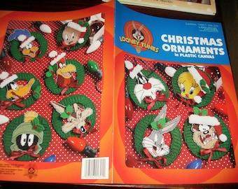 Christmas Plastic Canvas Patterns Looney Tunes Christmas Ornaments in Plastic Canvas Leisure Arts 1801 Plastic Canvas Leaflet