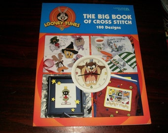 Counted Cross Stitch Leaflet Looney Tunes The Big Book of Cross Stitch Cross Stitch Book Leisure Arts 3050 Cross Stich Pattern