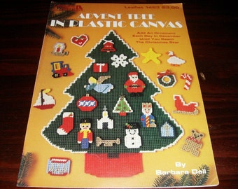 Christmas Plastic Canvas Advent Tree in Plastic Canvas Leisure Arts 1463 Plastic Canvas Pattern Leaflet