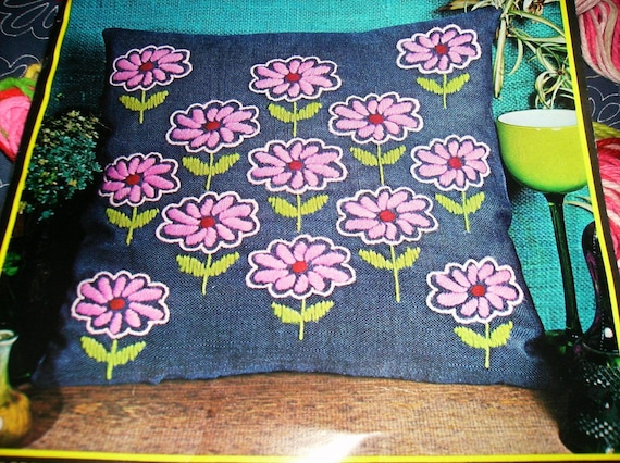 Pair of Vintage Vogart Pillow Kit Floral Field 2445 2 Kits