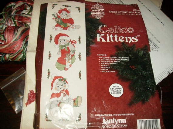Clearance Reduced Christmas Counted Cross Stitch Kit Calico Kittens Bell Pull Gloria and Pat 139-41 Jannlynn