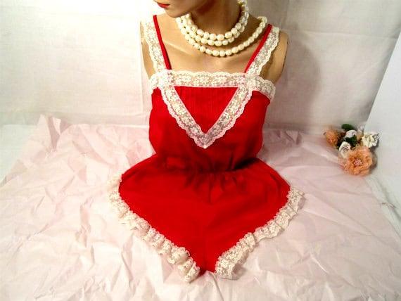 Red Onesie Teddy / Romantic Lingerie. Size M - 11