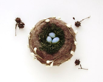 Birds Nest Ornament - Moss and White Berries Made To Order