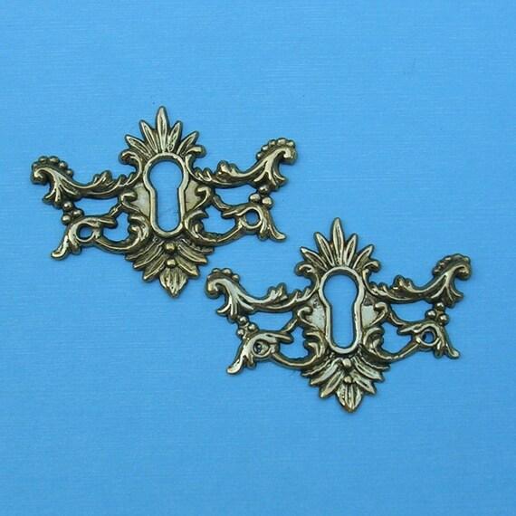 2 Vintage Brass Keyhole Key Hole Cover Covers Escutcheon Escutcheons DIY Jewelry