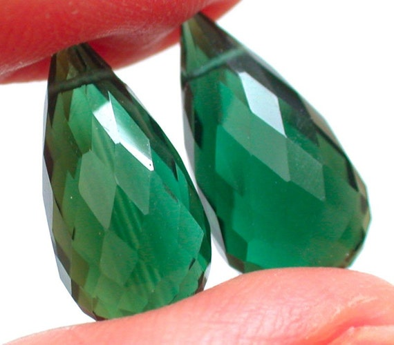Extremely Beautiful Grade AAA  Forest Green Quartz Faced Long Pear Briolette Beads--15.5mm