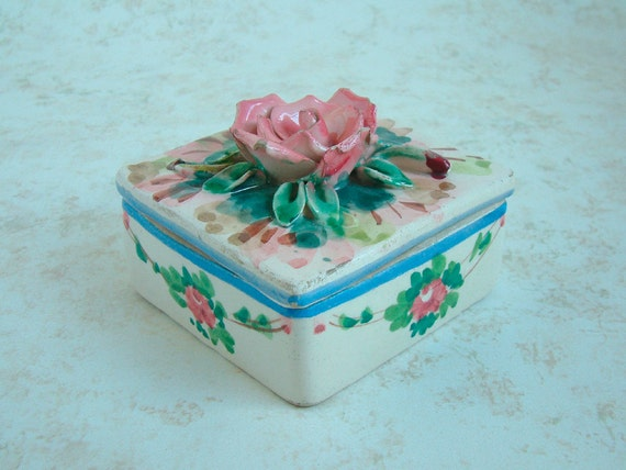 Mid Century Hand Painted ITALIAN FAIENCE Box with FLORAL Design Cover