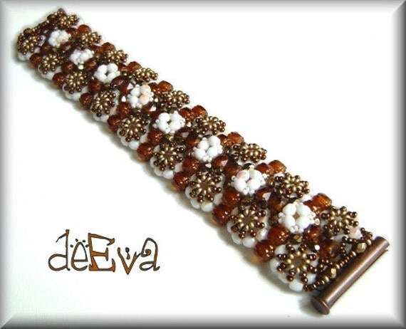 K 56 - Lacy - bracelet - beadwoven jewelry