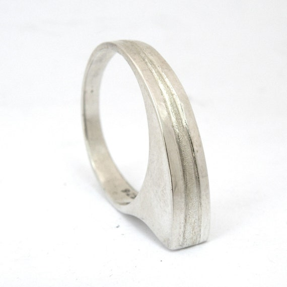 Resting Ring double line-sterling silver