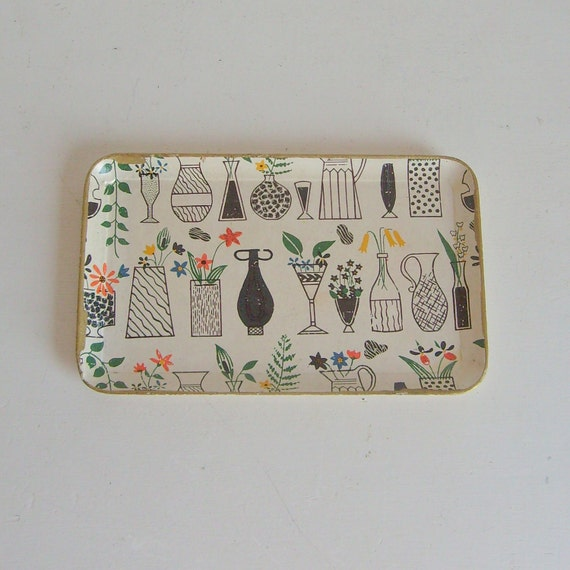 Vintage tray with great mod kitchen and floral graphics made in Japan