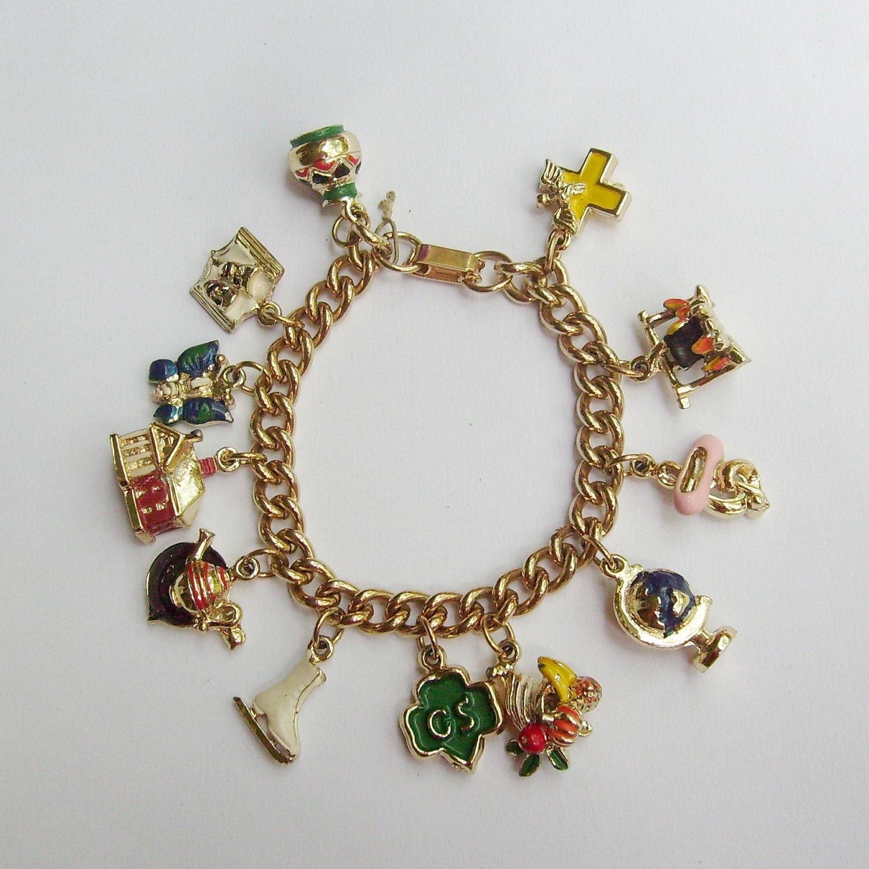 Vintage Girl Scouts charm bracelet gold with 12 3D enamel Gold Charm Bracelets For Girls