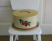 Retro Vintage Cake Carrier
