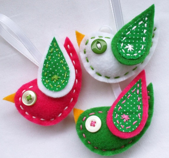 Christmas Tree Shaped Ornaments Are Handmade From 100 Recycled Eco Friendly Felt Hand: SALE Eco Felt Tweet Bird Ornaments Set Of 3 Christmas Package