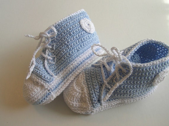 Crochet Baby Basketball Shoes, Crochet Baby Booties, Newborn Baby Boy Shoes, Newborn Booties, Picture Prop Baby Booties, Baby Sneakers