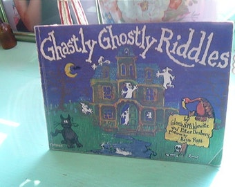 1977 Scholastic Book Ghastly Ghostly Riddles TW3865 Halloween FUN