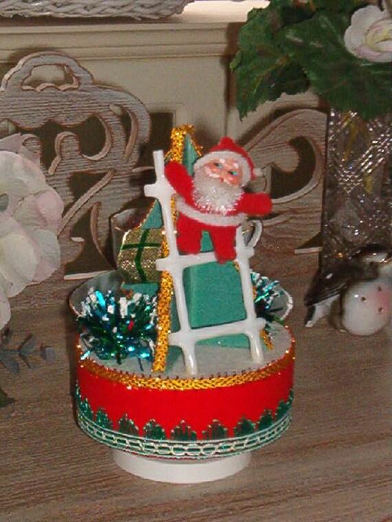 Vintage Sankyo Japan Christmas Music Box Santa On By