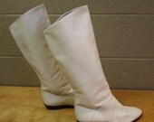 Vintage Flat Leather Boots - Winter White - sz 7