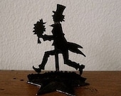 silhouette place card holder- gent with bouquet