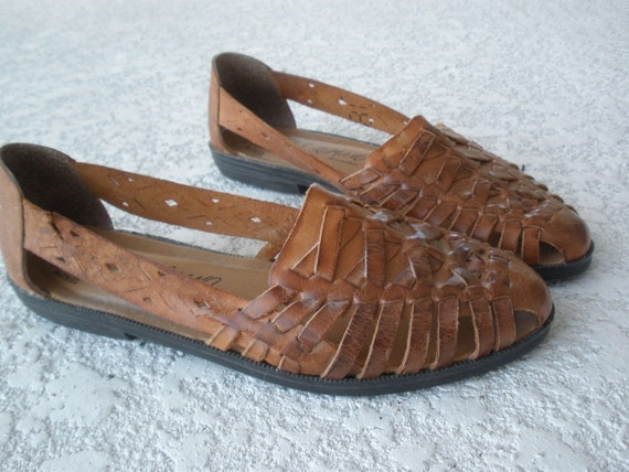 Vintage brown huaraches woven flats size 6 5