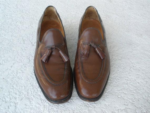 Vintage brown leather loafers tasseled alan mcafee size 9 men