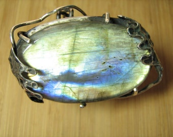Large Labradorite Vine Ring