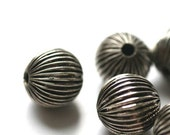 Large metalic round grooved beads - Lot of 5 - Half Price