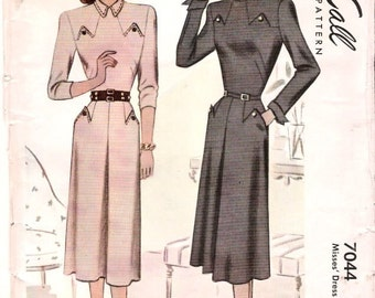 Vintage Pattern McCall 7044 Misses Dress with Special Details 40s Size 12 B32 UNCUT
