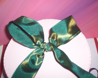 Wired Silk Grosgrain Green with Gold Tone