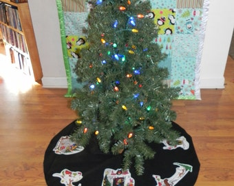 Tree Skirt made with Grinch fabric (not a licensed product)