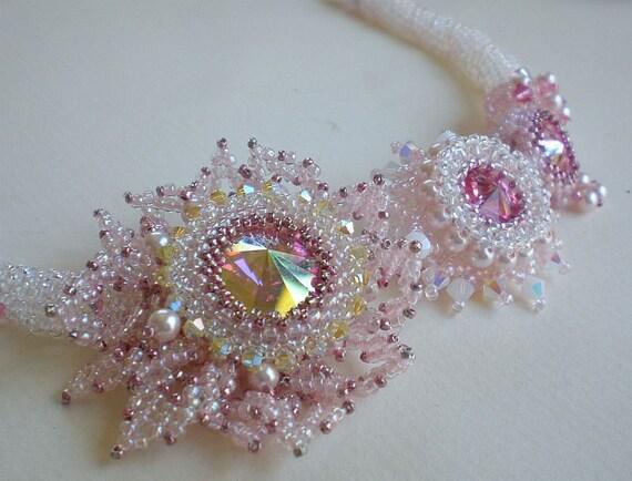rivoli beadwoven pink necklace beaded beadweaving beadwork