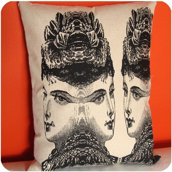 victorians pillow - mary