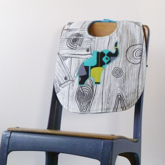 Woodgrain Elephant Baby Bib - Perfect Baby Shower Gift