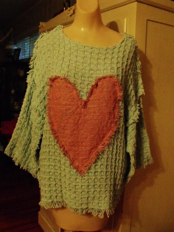 Plus Size Cotton Waffle Weave Tunic with Pink Fringey Heart