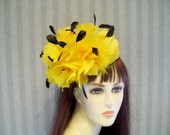 Kentucky Derby Hat Feather fascinator Bridal Hat Victorian Hat Photo Shoot Feather Hat Yellow feathers black coque feathers