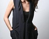 Women's Oversized Pocket Vest (small,medium,large)