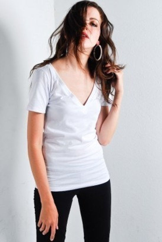 NEW Fitted Femme V Neck Jersey Cotton Tee (small)