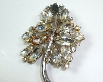 Vintage Rhinestone Brooch, Pin, Diy Jewelry Crafting, Assemblage  (682-11)