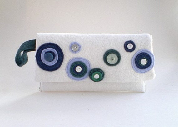white wool felt clutch, foldover clutch, wristlet, wallet, envelope clutch, wedding clutch, retro clutch, gift for her, pouch, clutch purse
