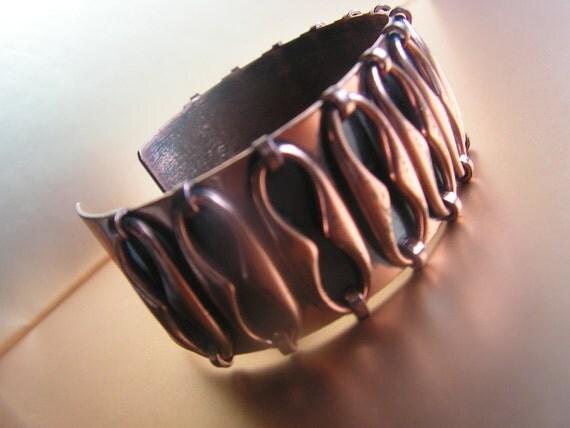 Modernist  vintage 50s copper cuff  adjustable bracelet.Made by Renoir.