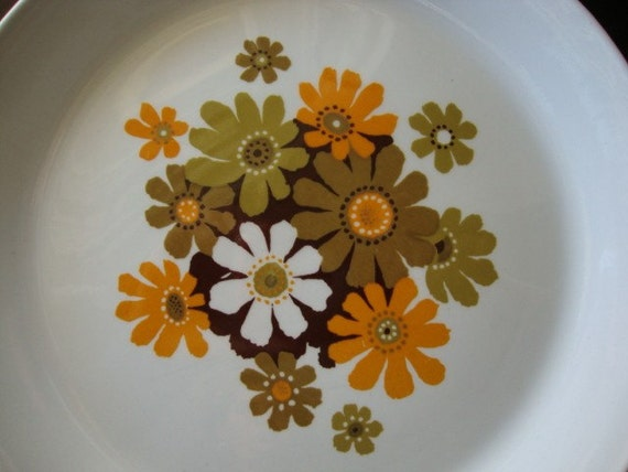 Mod flower power snack plates, set of 5 five, Johnson Brothers Snowhite, 70's retro look with green orange and brown flowers
