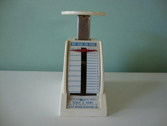 Vintage scale Vintage diet scale Vintage food scale Vintage kitchen scale Vintage Weight Watchers scale plastic scale one pound scale