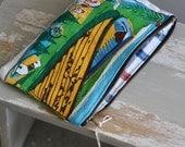 bounty zip pouch. ON SALE