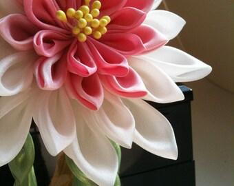 Custom Lotus/Waterlily kanzashi