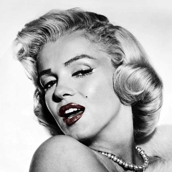 SPECIAL OFFER/ON SALE Canvas of Marilyn Monroe red lips 13