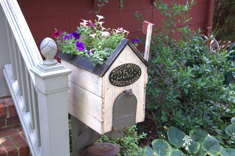 Mailbox Cover Planter